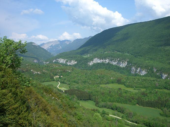 Les_Monts_Jura_vus_depuis_Montanges